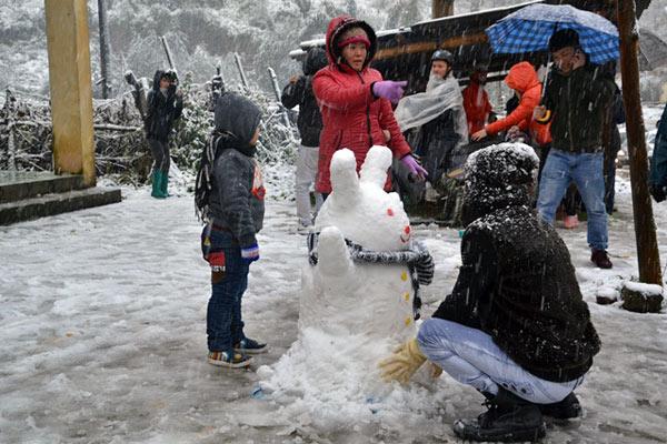 Sa Pa tuyết rơi đẹp mê hồn_images1