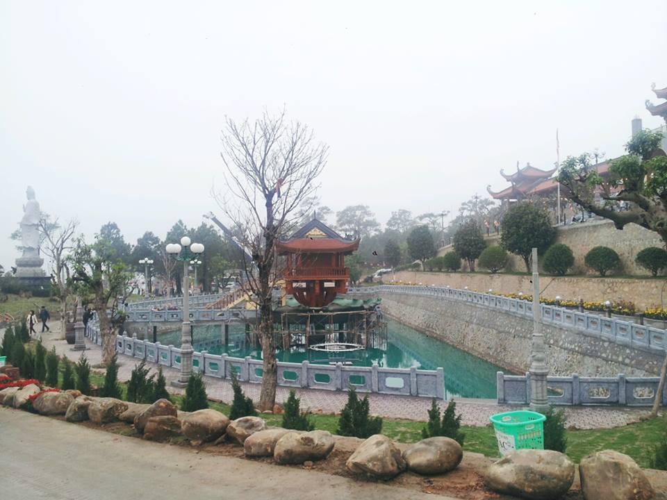 Du lịch Hà Nội-Chùa Ba Vàng-đền Cửa Ông_images3