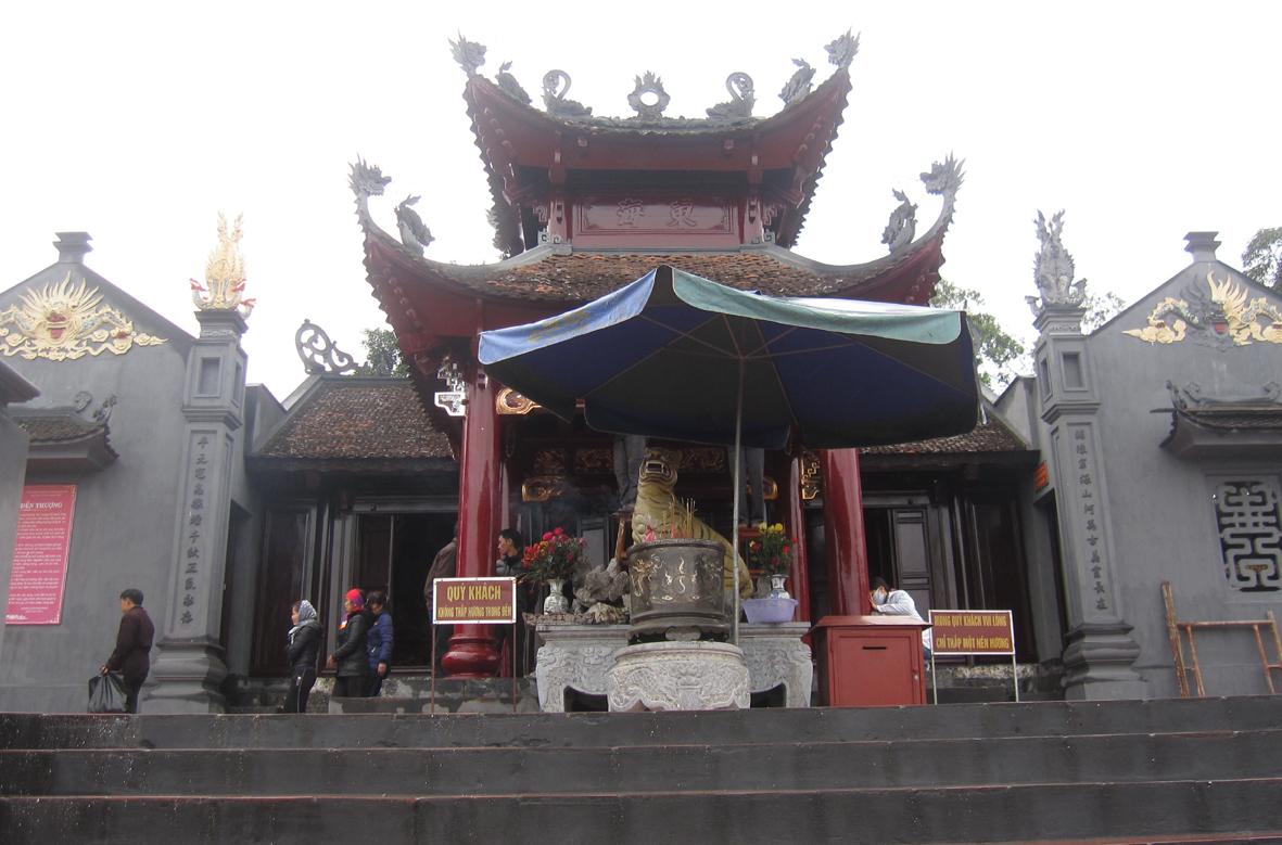 Du lịch Hà Nội-Chùa Ba Vàng-đền Cửa Ông_images6