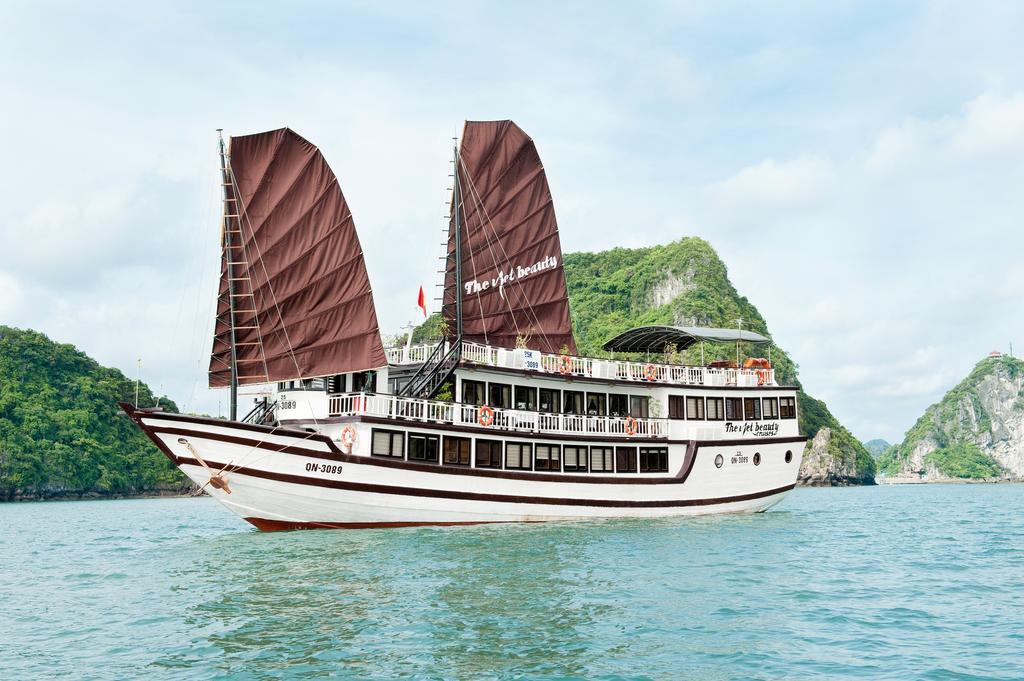Hình ảnh của Tour Hạ Long 2 Ngày 1 Đêm Ngủ Tàu The Viet Beauty Cruise