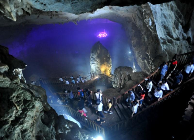 Tour Viếng mộ Đại Tướng - Động Phong Nha - Động Thiên Đường 3 ngày 2 đêm